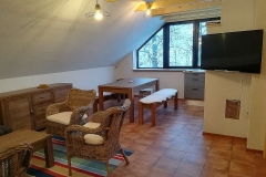 Apartmán - jedálenská a obývacia časť (dining part and living room)